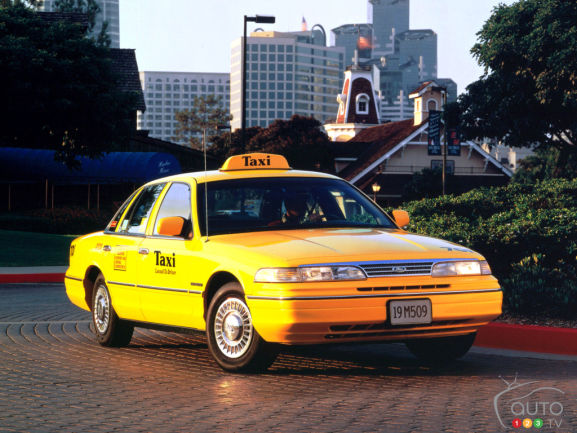 Ford Crown Victoria 1993-1994
