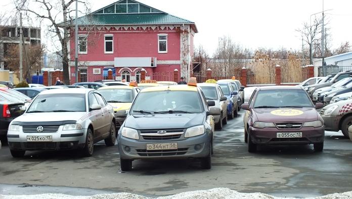 митинг таксистов в Саранске, забастовка таксистов в Саранске