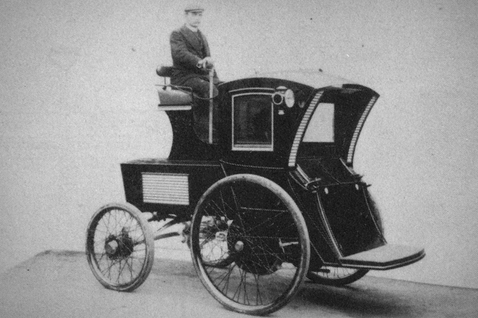 Morris and Salom Electric Wagon and Carriage Company