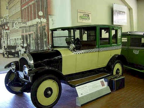 Checker Cab 1923