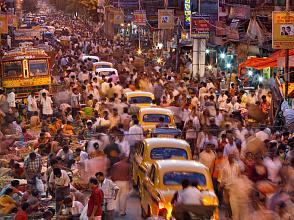Таксисты Дели требуют от Uber и Ola вернуть доплаты