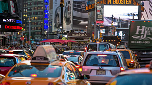 Uber отобрал у такси миллионы поездок по Манхэттену