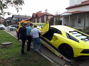 У основателя такси «Сатурн» изъяли машины
