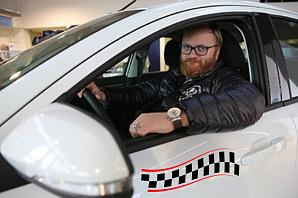 Виталий Милонов: надо обязать таксистов переходить на электродвигатели