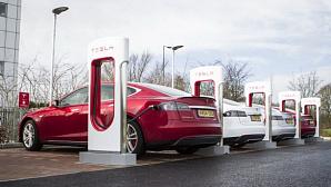 Tesla запретила таксистам и курьерам пользоваться Supercharger