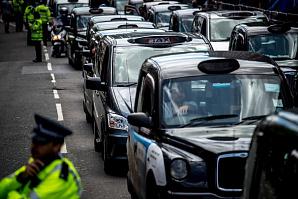 Европейский суд принял решение: Uber - это услуга такси